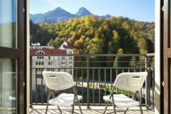 Вид с балкона Азимут Фристайл