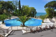 Свис отель Камелия летний бассейн